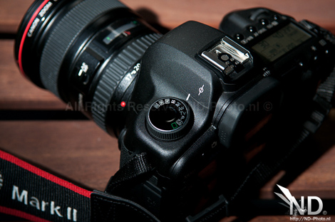 Canon EOS 5D Mark II top view 2