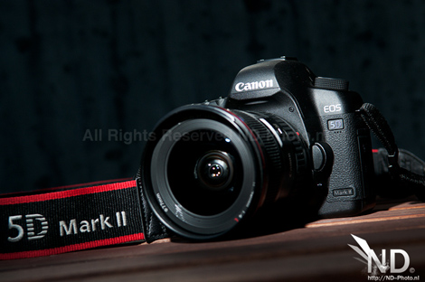 Canon EOS 5D Mark II front view 1